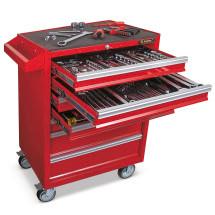 Roter Werkstattwagen mit Werkzeug